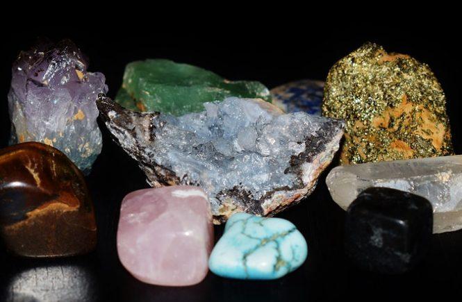 Las piedras preciosas, son capaces de transmutar energías positivas. Por esta razón, hoy conoceremos los signos del zodíaco y sus gemas.